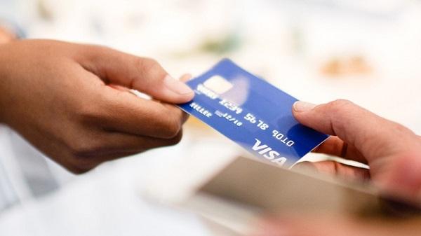 Thủ tục ngân hàng mở tài khoản có nhanh chóng không?